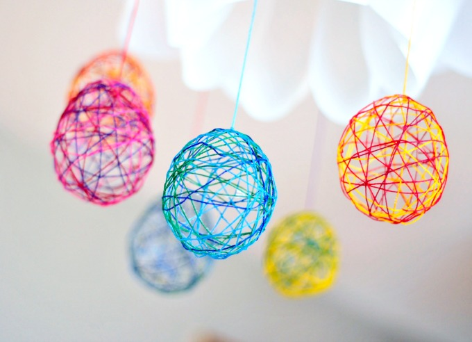 string egg craft from Tiny Rotten Peanuts