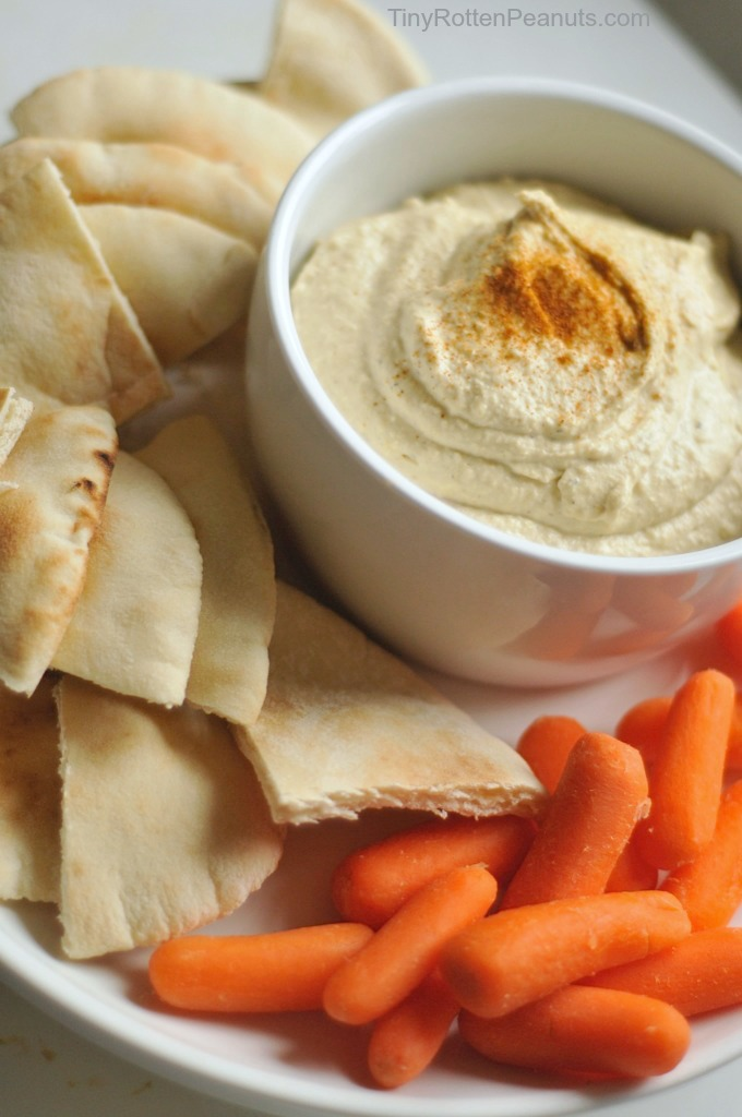 best hummus recipe ever, and super easy. From TinyRottenPeanuts.com