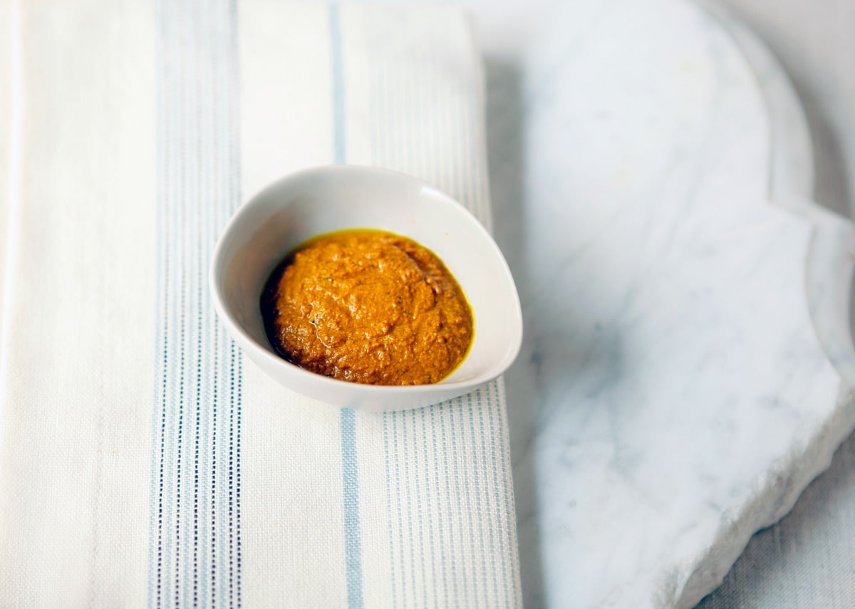 How to make turmeric paste for golden milk - a tasty anti-inflammatory drink